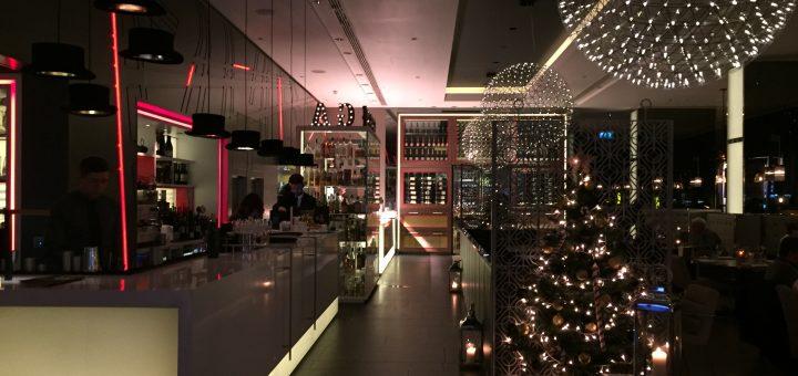 Pullman Hotel London St Pancras Golden Arrow Bar