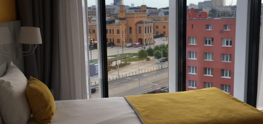 IBIS Styles Wroclaw Bedroom View