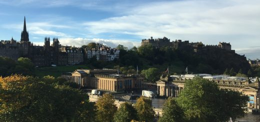 Mercure Edinburgh City Princes Street Hotel Classic Room With Castle View