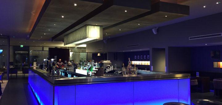 Crowne Plaza Docklands Bar